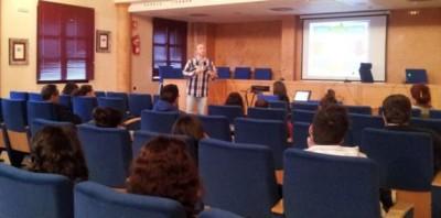 Presentado en Huelma el Programa MOTÍV@-T para la Dinamización Juvenil